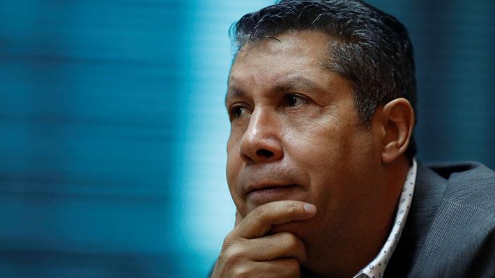 """Se inscribe primer candidato que desafía a Maduro: """"Es posible ganar a pesar de las trampas"""""""