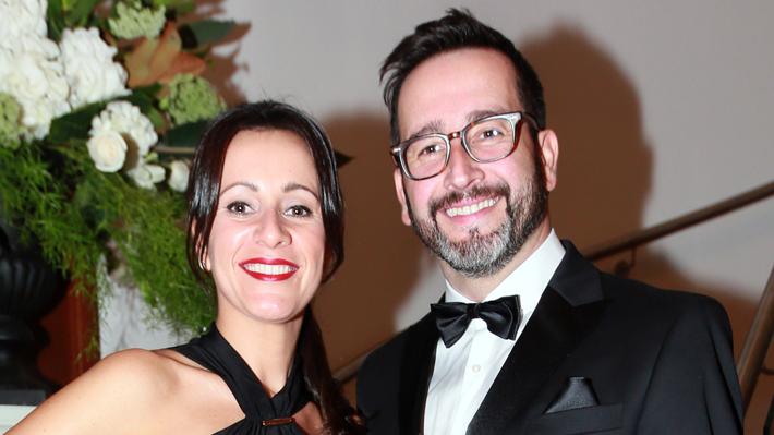 Esposa de Eduardo Fuentes le dedica palabras de apoyo ante su operación por cáncer a la tiroides