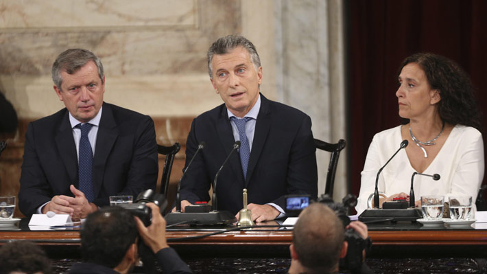 """Macri alienta discusión por ley de aborto en Argentina: """"Estoy a favor de la vida pero también de los debates maduros"""""""