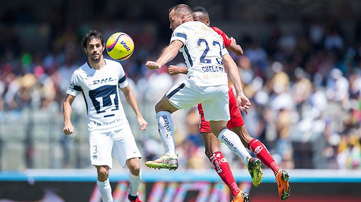 Mira el desafortunado autogol de Marcelo Díaz que significó la derrota de su equipo en México