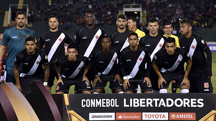 Ocho jugadores de Vasco sufren con virus estomacal a un día del choque con la U por la Libertadores