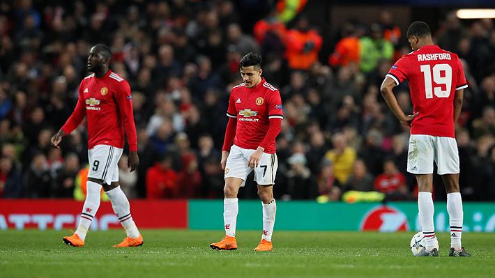 Alexis y el United decepcionan, caen en su estadio ante el Sevilla y quedan eliminados de la Champions
