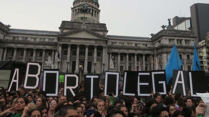 59% de los argentinos apoya la Ley de Aborto pese a pedido del Papa