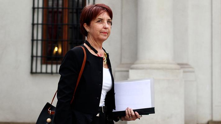 """Transportes declara desierta licitación del Transantiago y asegura que fue """"improvisada"""""""