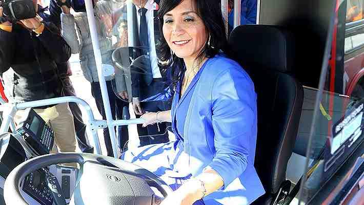 """Ex ministra de Transportes dice que nuevas autoridades """"no están a la altura"""". ¿Qué opinas?"""