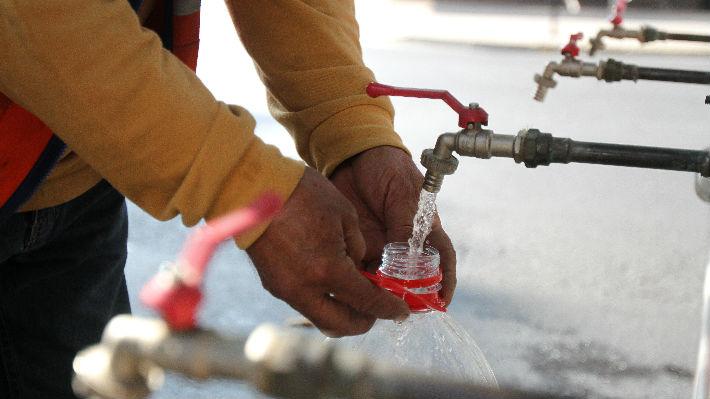 """Experto critica la situación actual del agua en Chile:  """"Está distribuida de manera muy dispar"""""""