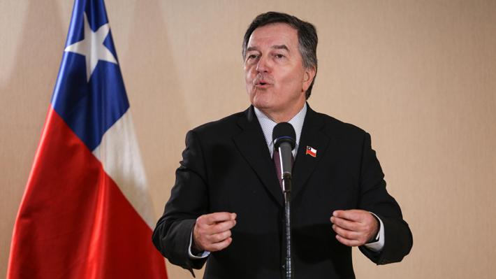 """Canciller Ampuero responde a Evo Morales y llama a Bolivia a no intentar """"dinamitar"""" el Tratado de 1904"""