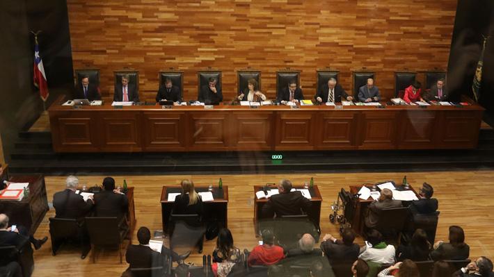 Incongruencia y deslealtad con Bachelet: Diputados del FA y PC explican por qué rechazaron una reforma al TC