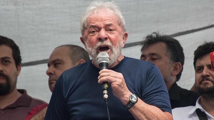Lula anuncia que cumplirá mandato de prisión para demostrar que es inocente