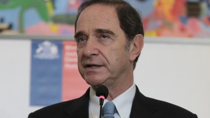 """Ministro Larraín asegura que la mayoría de los jueces son de izquierda y que en su designación no primará el """"amiguismo"""""""