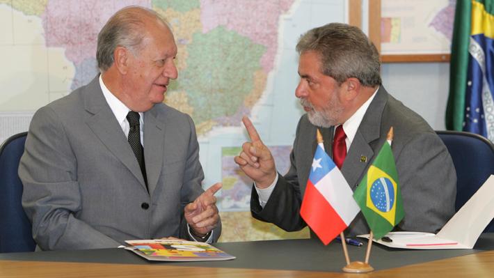 Amistad y preocupación por democracia brasileña: Las claves detrás del sorpresivo respaldo de Lagos a Lula