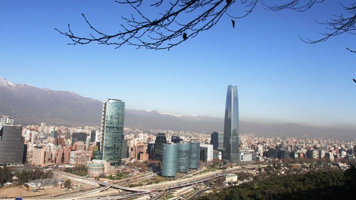 """OCDE asegura que Chile logró superar la """"trampa"""" de los países de ingreso medio"""