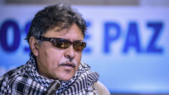 Detención de ex líder de las FARC desata críticas de dirigentes y pone en jaque el proceso de paz en Colombia