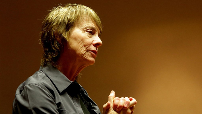 """Camille Paglia, la autora que pone en jaque al feminismo: Ridiculiza los estudios de género y a las """"feministas burguesas"""""""