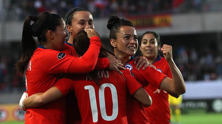 Chile aplasta a Perú, avanza en la Copa América Femenina y asegura a lo menos cupo a los Panamericanos