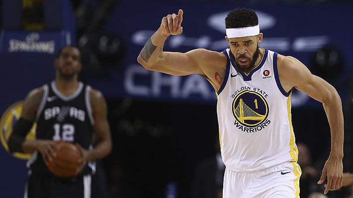 Los Golden State vencen sin problemas a San Antonio Spurs en el inicio de los playoffs de la NBA
