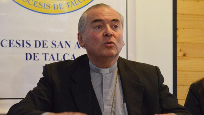 """Obispo de Talca por pedidos de renuncia: """"Me equivoqué al no darme cuenta que pasaban cosas malas"""""""
