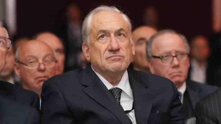 Ex embajadores defienden nombramiento de Pablo Piñera en Argentina. ¿Qué opinas tú?