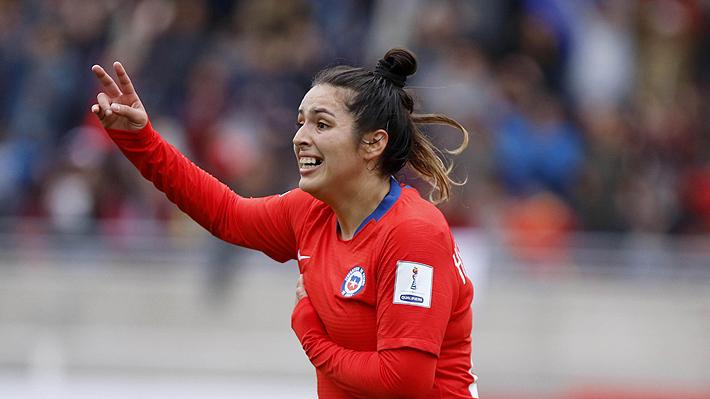 """¿Qué le dirías a la """"Roja"""" femenina tras clasificar al Mundial? Comenta y participa por su camiseta oficial en la Copa América"""