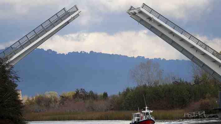 MOP: Puente Cau Cau podría estar operativo en 120 días. ¿Qué te parece el sorpresivo anuncio?
