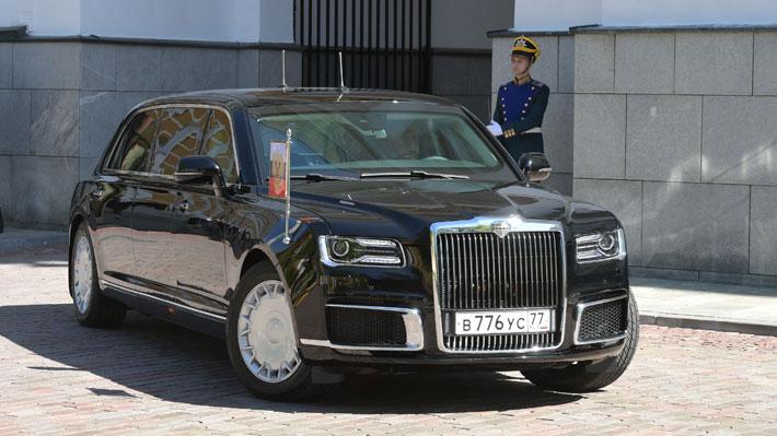 Conoce la nueva e imponente limusina que estrenó Vladimir Putin