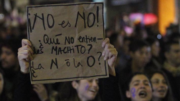 """Marcha feminista convoca a miles de personas para manifestarse contra la """"cultura de la violación"""""""