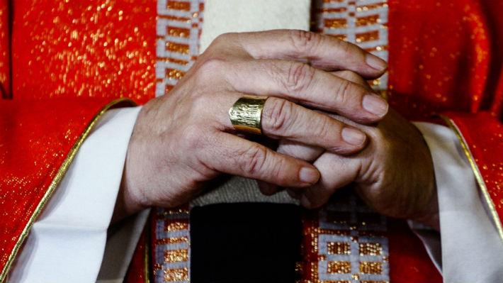 Denuncian a sacerdotes de Rancagua por presuntas conductas sexuales impropias