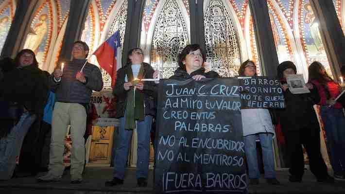 Sacerdote que ofició misa en Osorno tras la renuncia de Barros emplazó a los laicos a pedir disculpas