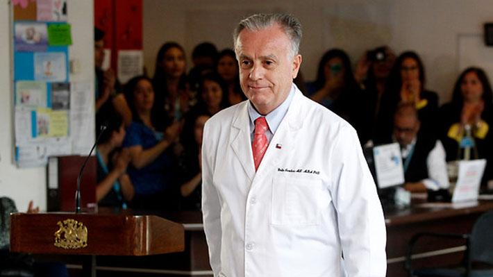 """Ministro Santelices alaba a Burgos y Correa Sutil y dice que son de """"máxima confianza"""""""