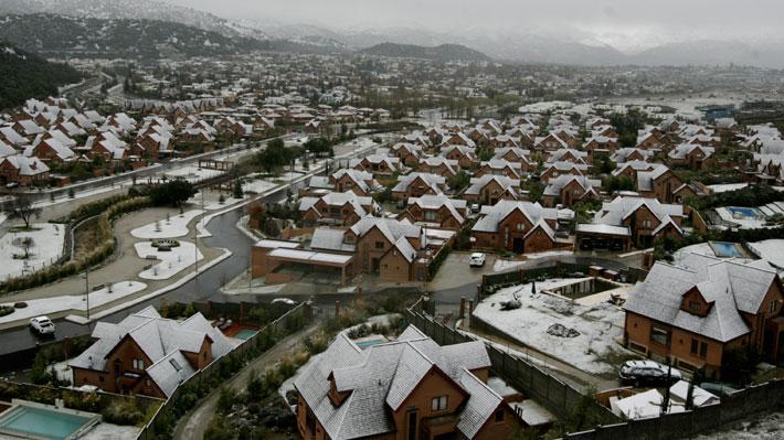 Pronóstico de nieve en Santiago: Las medidas que tomará Enel para evitar los cortes prolongados del año pasado