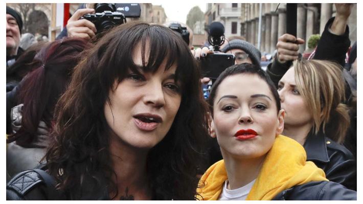 """Rose McGowan defiende a Asia Argento tras muerte de Anthony Bourdain: """"No es justo culparla a ella"""""""