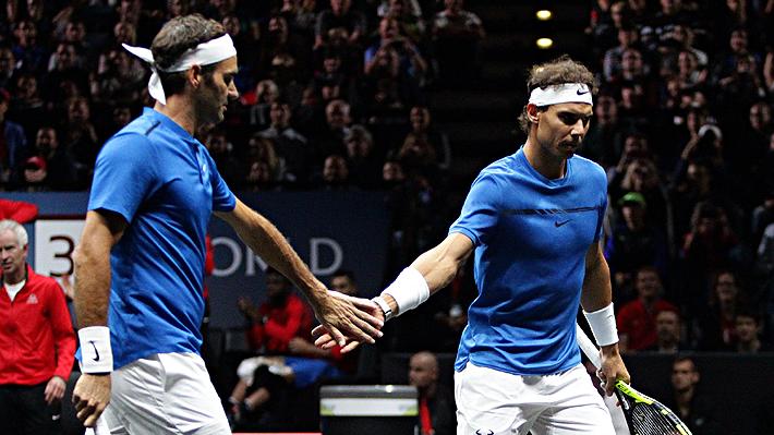 """Federer prepara su regreso y señaló que """"todos debemos hacerle una reverencia"""" a Nadal"""
