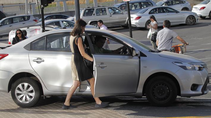 Incidente en aeropuerto: Easy Taxi y Cabify llaman al Gobierno a acelerar regulación del sistema
