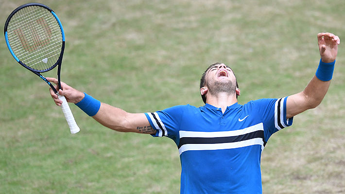 Coric destroza el sueño de Federer que cede el número uno del mundo a Rafael Nadal
