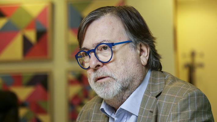 """Jaime de Aguirre se disculpa por nota sobre tortura a reos en """"24 Horas"""": """"Lamento públicamente el desacierto cometido"""""""
