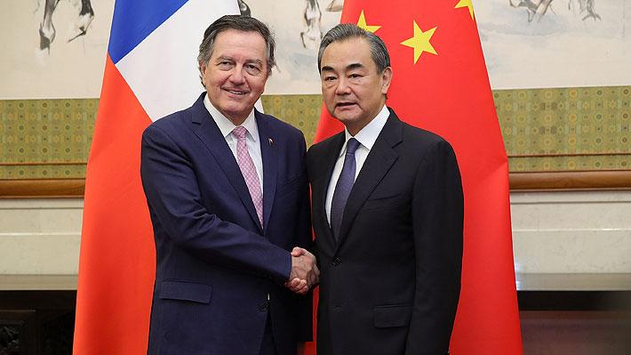Canciller Ampuero preocupado por Guerra comercial entre China y EE.UU.: