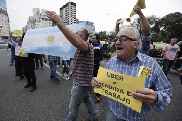 Uber en Argentina: Justicia ordena la suspensión del servicio en Buenos Aires