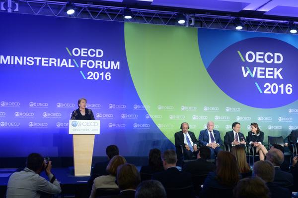 La lucha diplomática de Chile para mantener la ayuda internacional pese a su