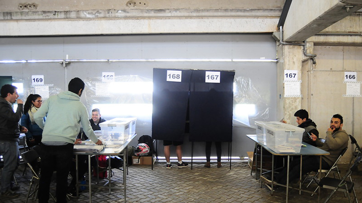 Municipales 2016: La abstención fue la protagonista del discurso de vencedores y vencidos