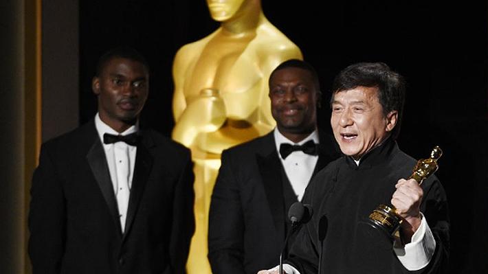 Jackie Chan es galardonado con un Oscar honorífico