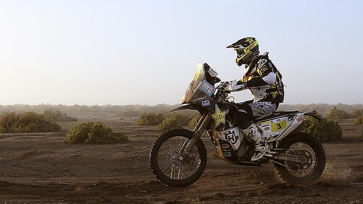 Golpe para Chile en el Dakar: Pablo Quintanilla abandona la competencia por una brusca caída