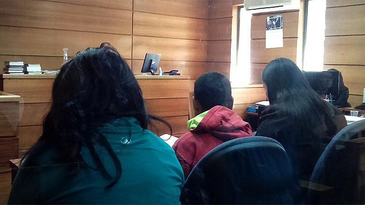 Detienen a pareja acusada de usar a su pequeña hija para producir pornografía infantil en Curanilahue