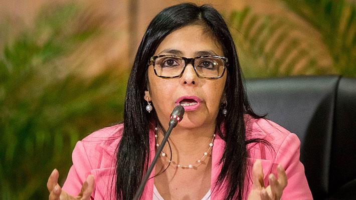 Perú llama a embajador en Venezuela tras