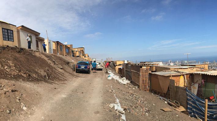Antofagasta: Más de la mitad de las familias que viven en campamentos son inmigrantes
