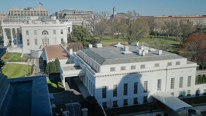 Nueva baja en la Casa Blanca: Director de comunicaciones renuncia al cargo