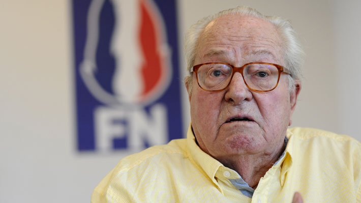 Jean-Marie Le Pen pide la dimisión de su hija y de toda la directiva del Frente Nacional