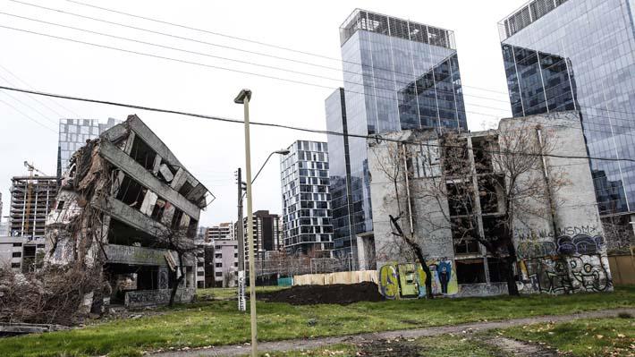 Exigen evitar la demolición de la Villa San Luis de Las Condes y que se declare monumento histórico