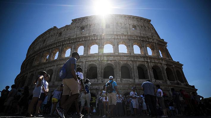 Chileno sorprendido robando trozos del Coliseo romano es un escultor y quedó en libertad