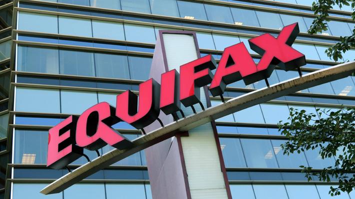 Ejecutivos clave de Equifax dejan la empresa tras masivo ataque informático