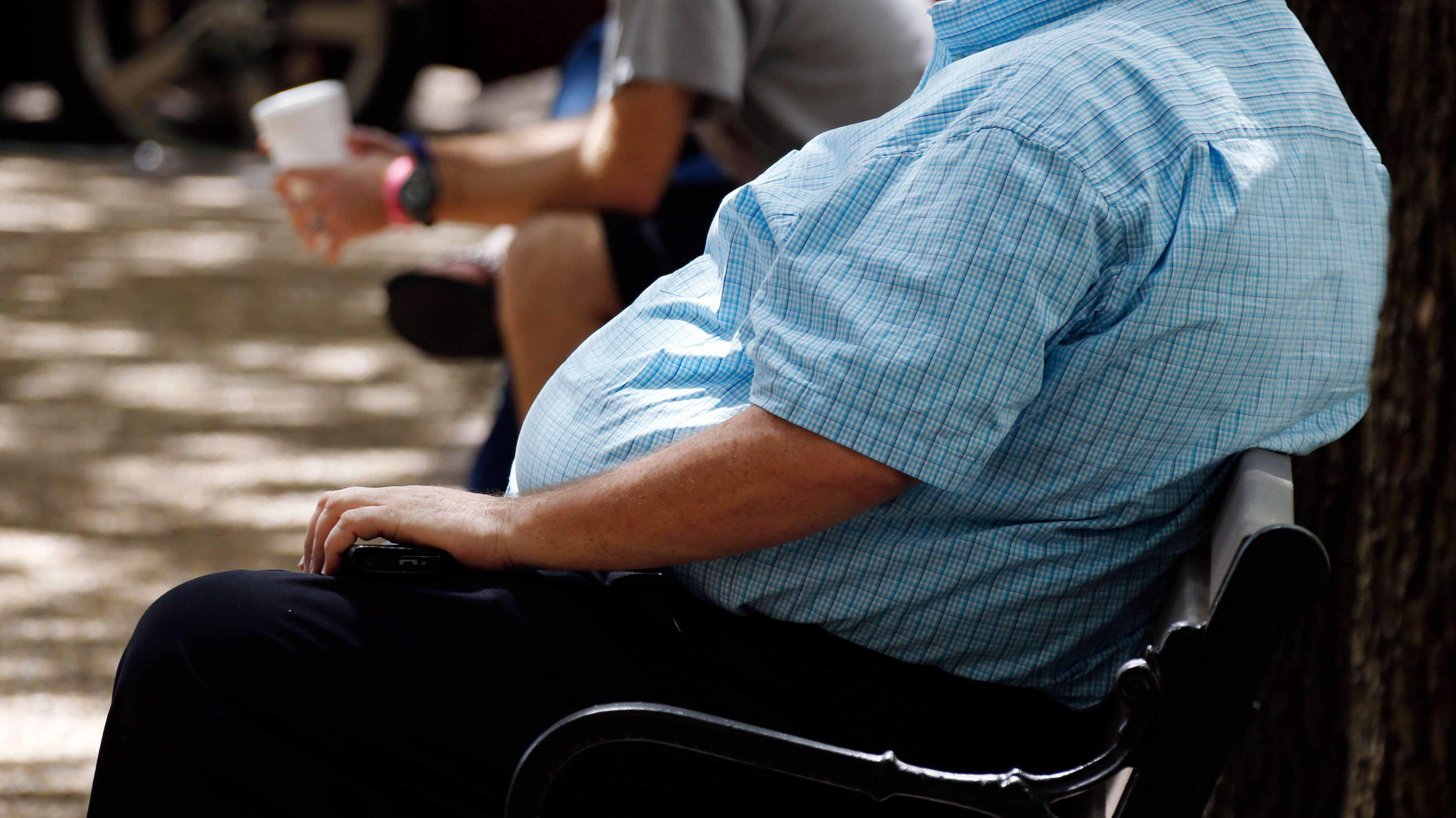 """El duro panorama del sobrepeso en Chile: FAO advierte que frenar esta condición """"tomará años"""""""